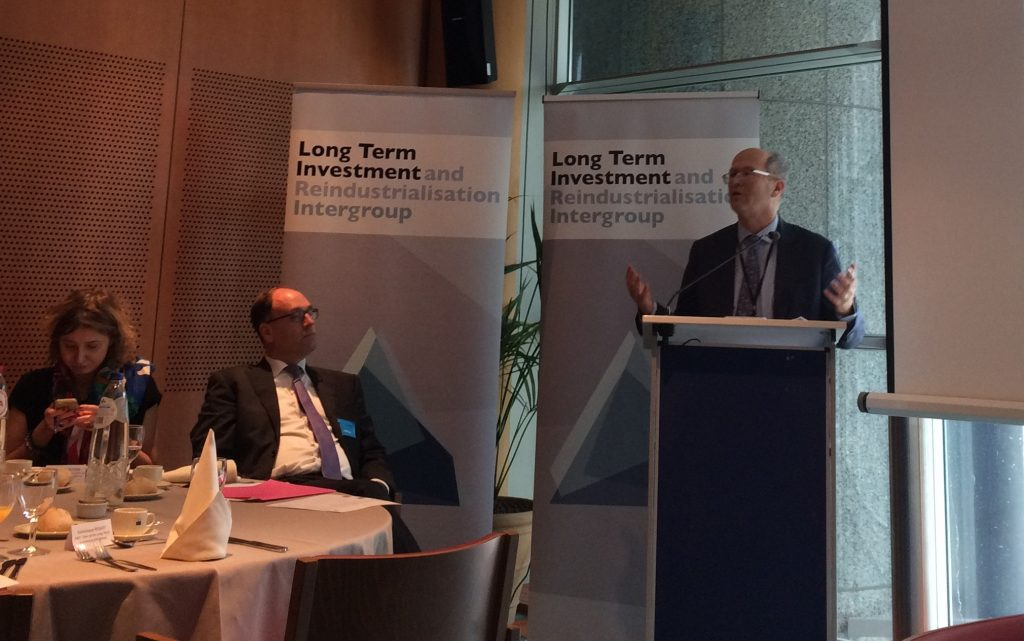 Long term investment and reindustrialisation Intergroup event on Urban rail financing
