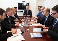 UNIFE DIRECTOR-GENERAL MEETS THE LATVIAN MINISTER FOR TRANSPORT AND THE PRESIDENT OF THE LATVIAN RAILWAYS IN RIGA